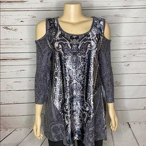 Black paisley  velour cold shoulder tunic size PL